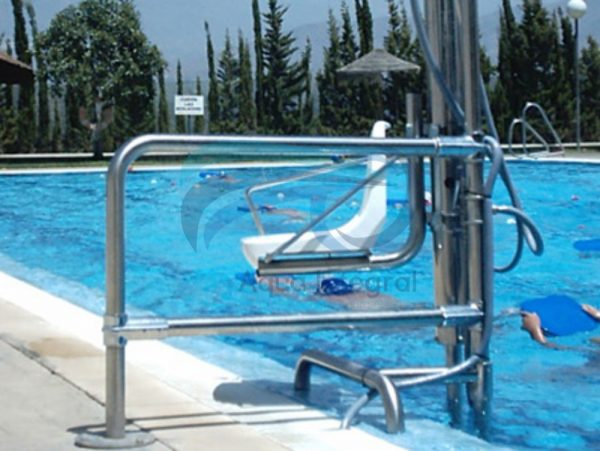 silla-salvaescaleras-piscina3