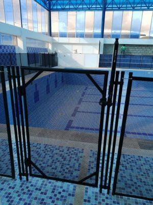 cerramiento-textiline-piscina-puerta